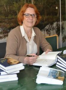 Angeline Bauer nach einer Lesung im April 2015
