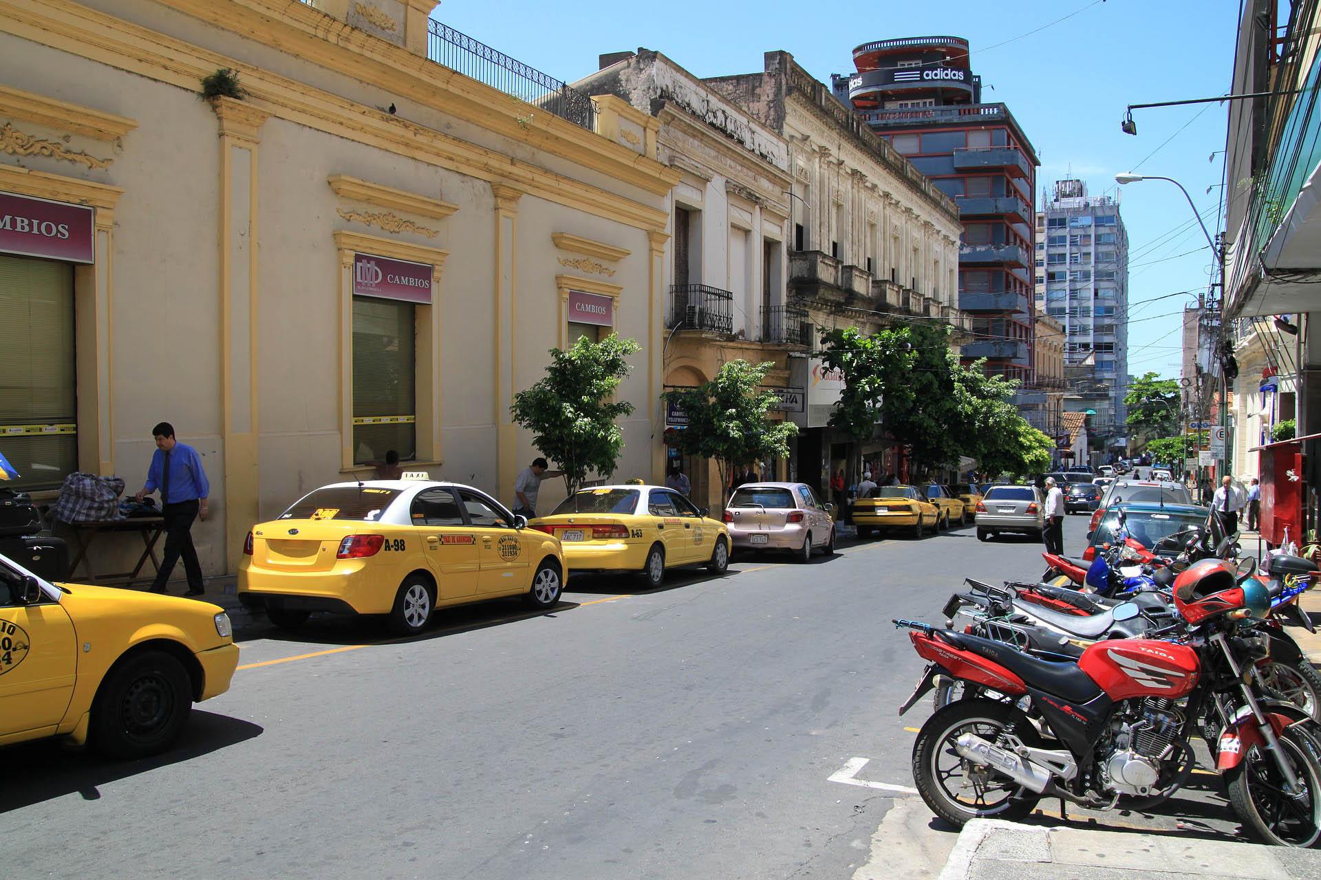 ansicht-hauptstadt-von-paraguai